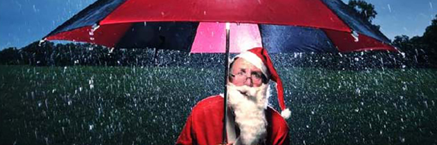santa-in-rain